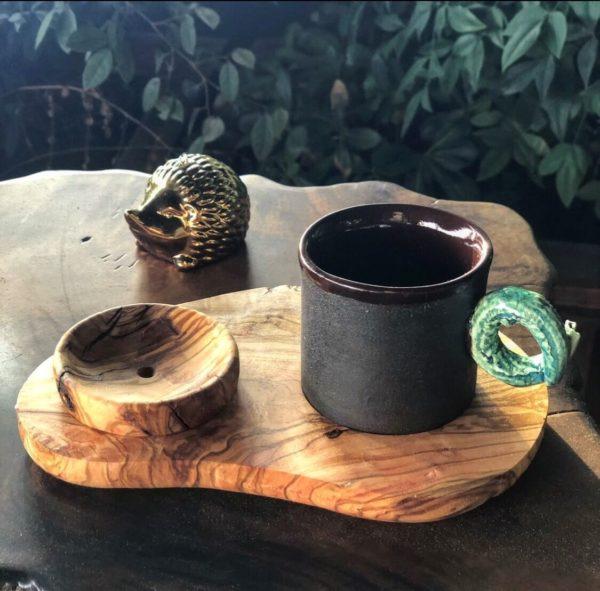 timsah-kulplu-turk-kahvesi-fincan